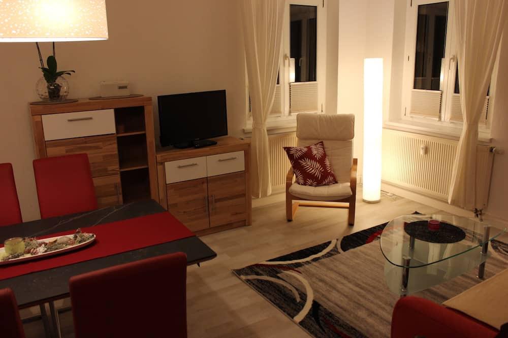 Verslo klasės apartamentai, virtuvė, vaizdas į sodą - Svetainės zona