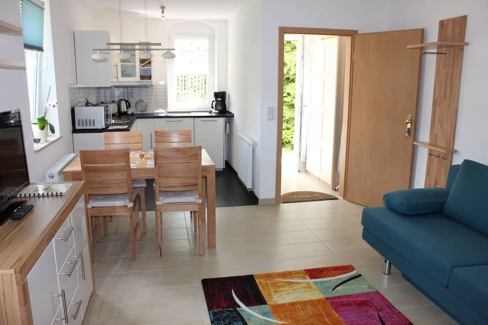 Apartamentai, 1 miegamasis, virtuvė, vaizdas į sodą (Dresden) - Svetainės zona