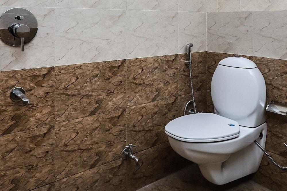 Premium Double Room - Bathroom