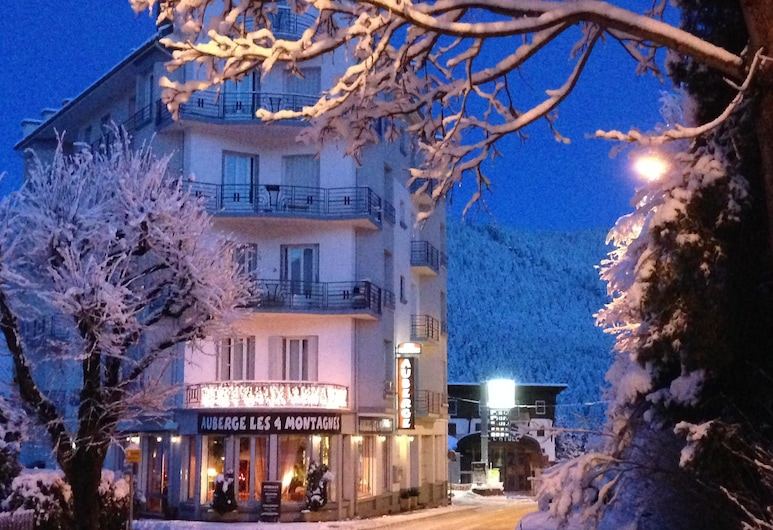 Les 4 Montagnes Hotel, ווילארד-דה-לאנס, חזית המלון - ערב/לילה