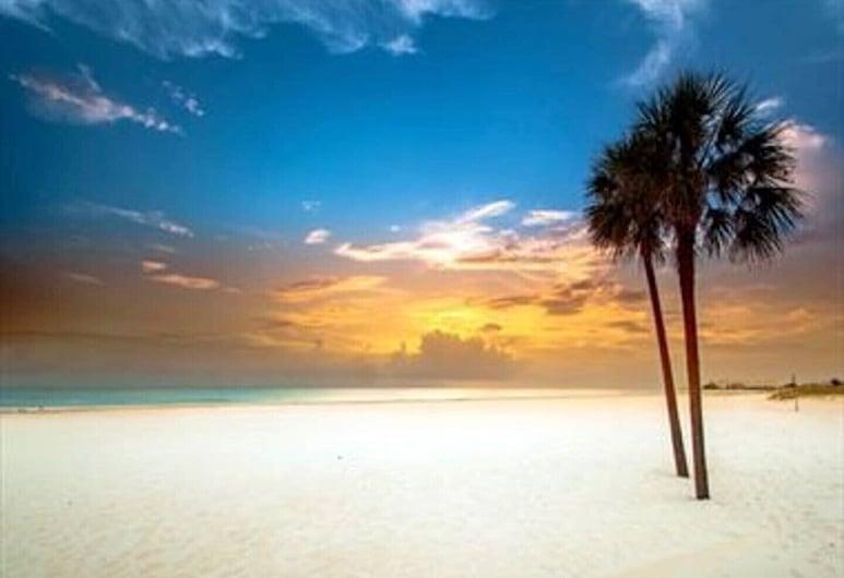Your Vacation Escape, Treasure Island, Plaža
