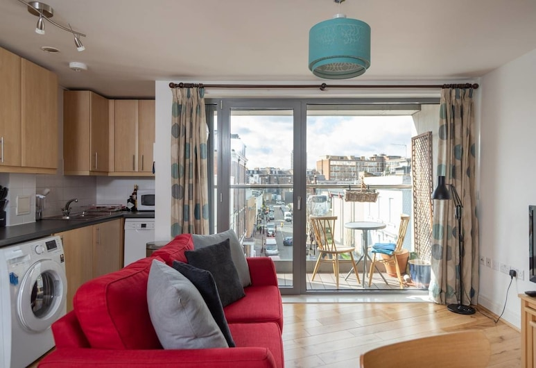 Spacious 1 Bed, for 4, Victoria/pimlico, London, Wohnzimmer
