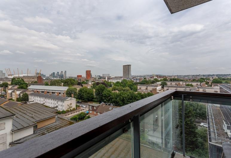 Fantastic 2 Bedroom Apartment Near Canary Wharf, לונדון, מרפסת