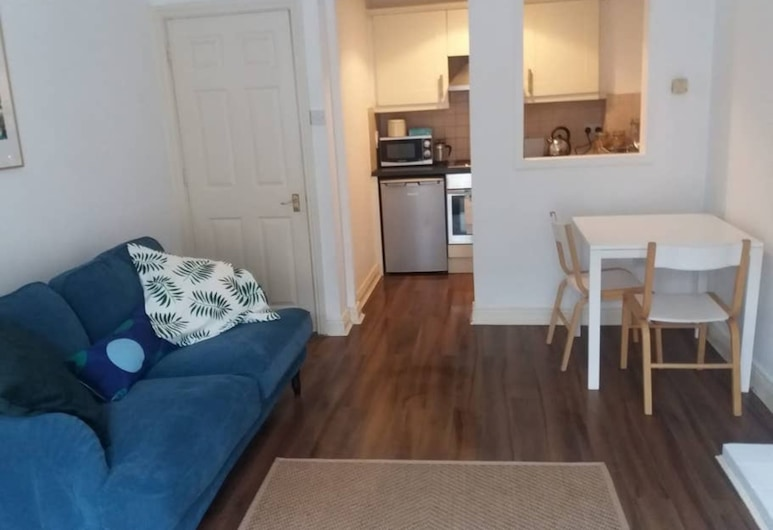 Central 1 Bedroom Apartment South of River Liffey, Dublin