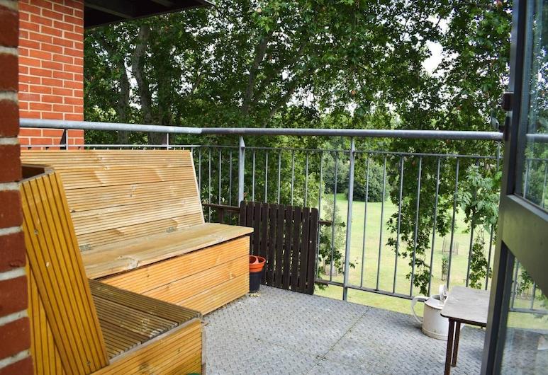 1 Bedroom Clapton Flat With Balcony, London, Balkon