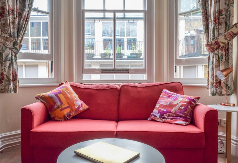 1 Bedroom Mansion Block Apartment in Westminster, Londona