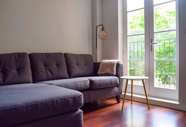 Stylish 2 Bedroom Apartment Close To Chalk Farm, London
