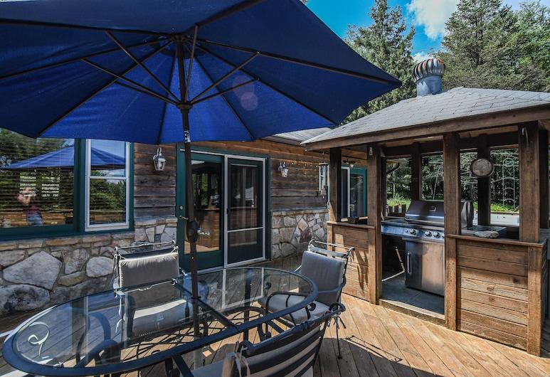 Shamrock Lodge, Oakland, House, 2 Queen Beds, Fireplace, Balcony