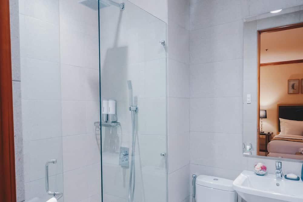 ห้องสวีท, 1 ห้องนอน (King) - ห้องน้ำ
