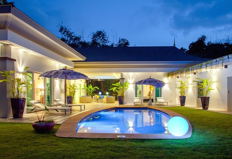 Baan Piti Private Pool Villa, Krabi, Voorkant van de accommodatie - avond