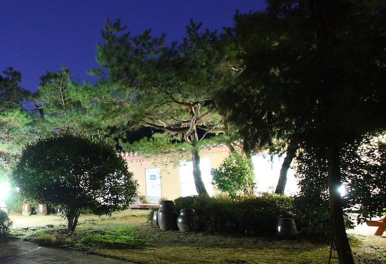 慶州 KB 旅館, 慶州, 住宿正面 - 夜景