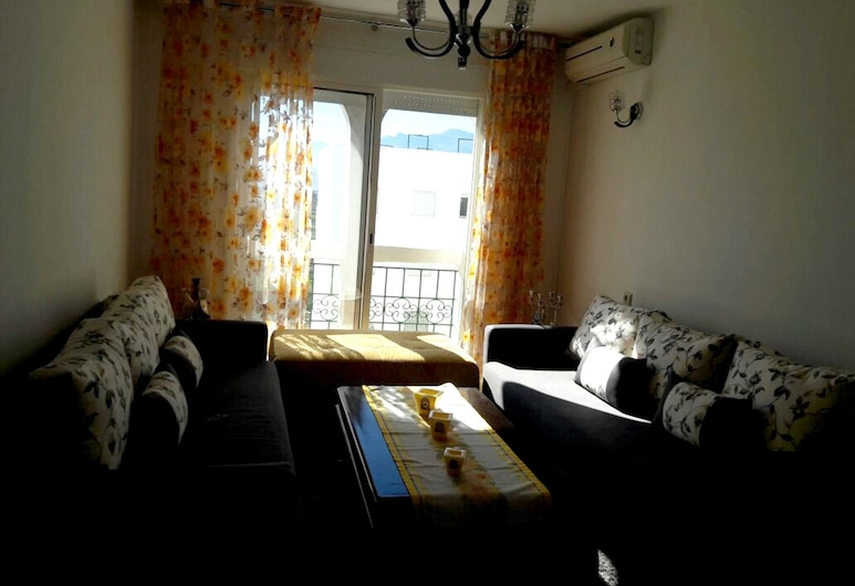 Apartment With one Bedroom in Tetouan, With Wonderful Mountain View and Enclosed Garden - 1 km From the Beach, Tetouan, Obývačka