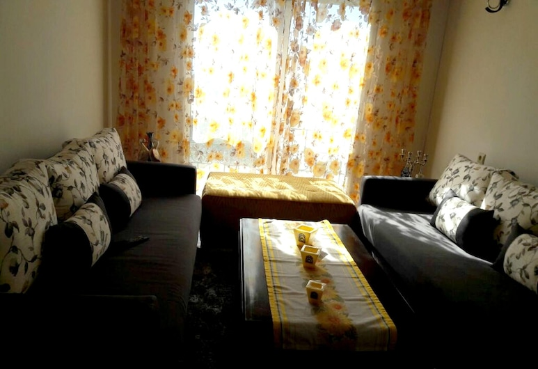 Apartment With one Bedroom in Tetouan, With Wonderful Mountain View and Enclosed Garden - 1 km From the Beach, Тетуан, Апартаменти, з видом на гори, Номер