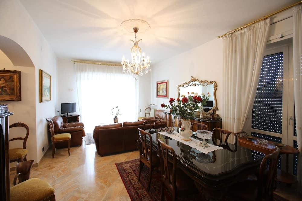 Appartement, terrasse - Salle de séjour