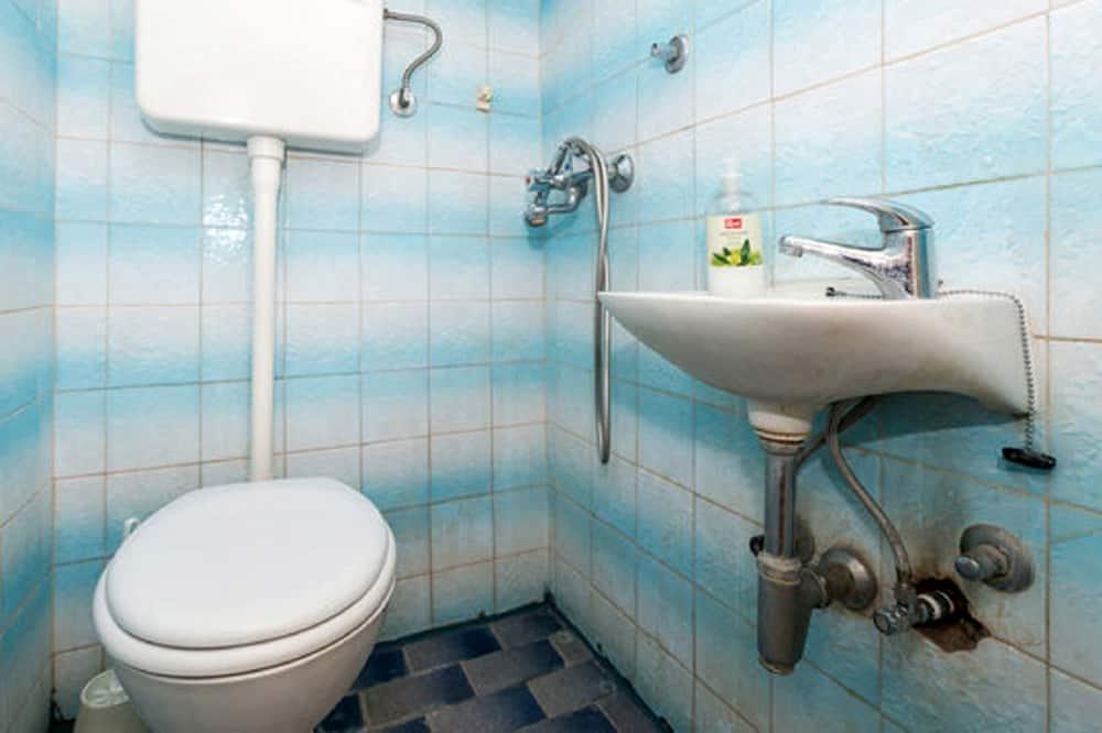 Apartamento, 2 quartos - Banheiro