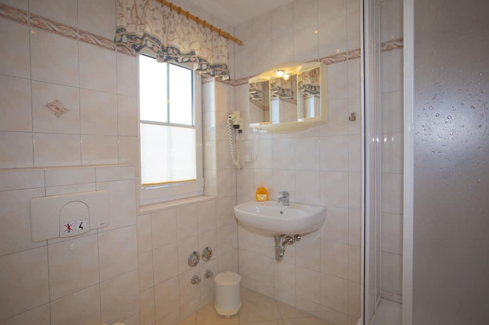 Apartmán typu Superior, soukromá koupelna (1) - Koupelna