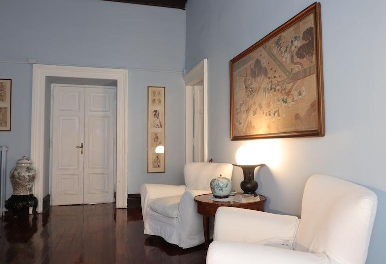 Trevi palazzo storico B&B La Suite Blu, Rome, Double Room, Living Area