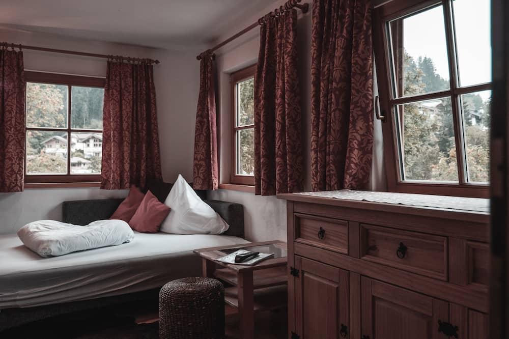 Tradicionális apartman, 1 hálószobával, erkély, kilátással a hegyre - Nappali rész