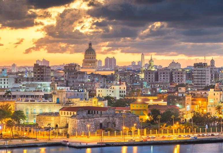 Casa Aimeé, Havana, Pogled na grad