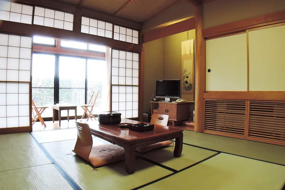Phòng 4 truyền thống, Phòng tắm dùng chung (Japanese Style Room, Private Toilet) - Phòng