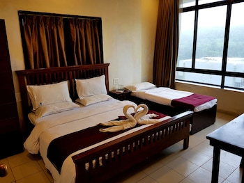 Enter your dates for our Mahabaleshwar last minute prices