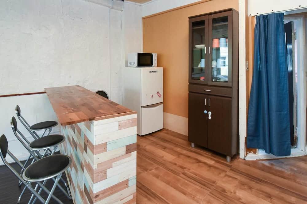 A ルーム - 小型冷蔵庫