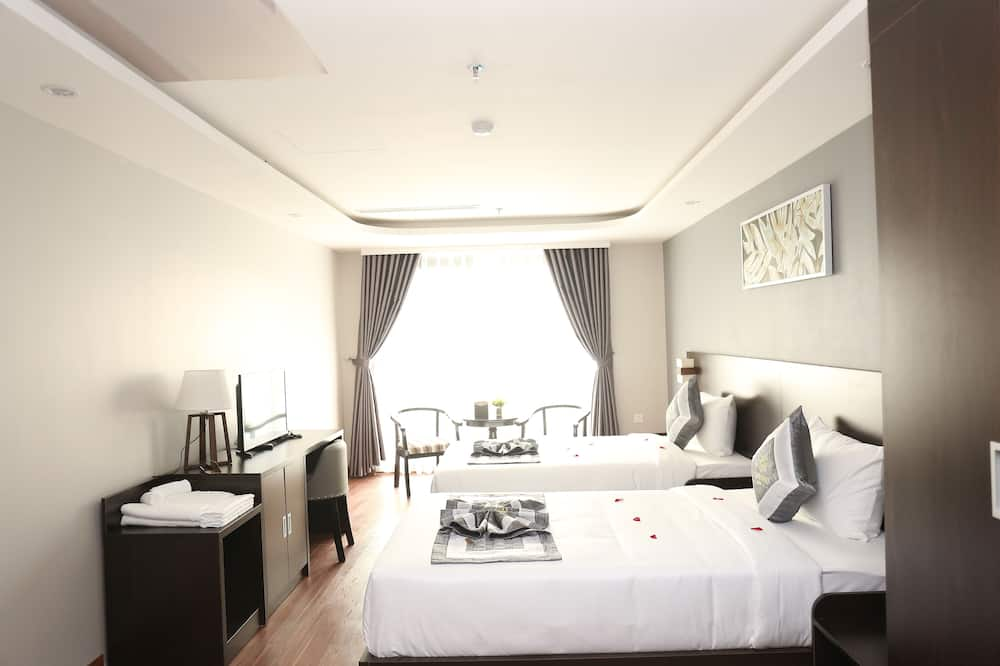 Standard Room, Multiple Beds, Non Smoking, City View - Guest Room
