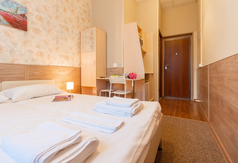 Amay Hotel on Pervomayskoy, Moscow, Superior Studio, 1 Bedroom, Non Smoking, Kitchenette, Guest Room