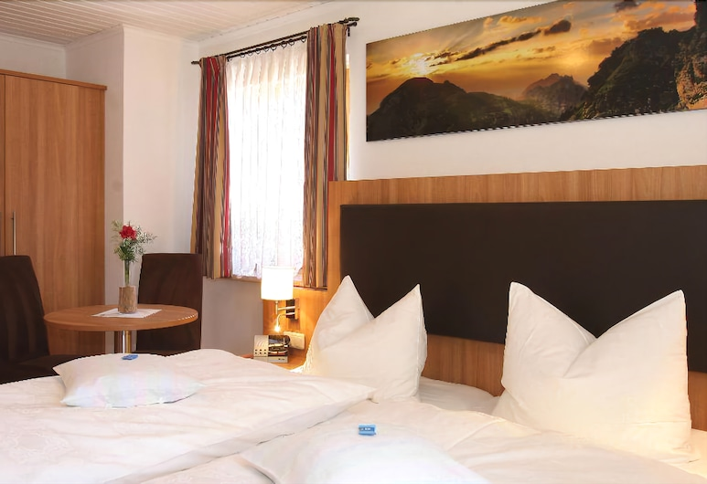 Pension Gimpl, Siegsdorf, Comfort-Zimmer, Balkon (4), Zimmer