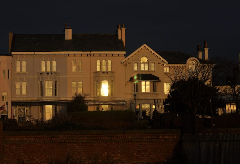 Luxury Historic House, Liverpool, Hotel Front – Evening/Night
