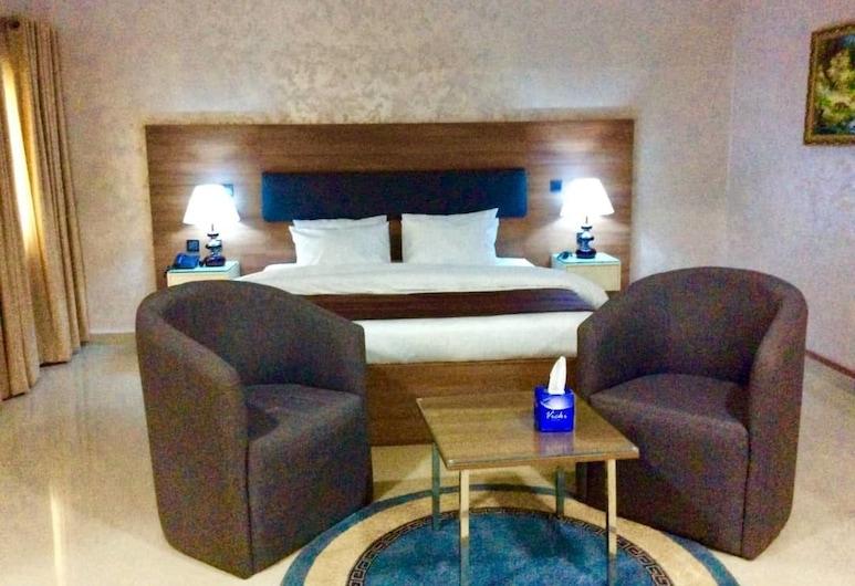 Phoenicia Suites, אבוג'ה, Executive Suite, 2 Queen Beds, חדר אורחים