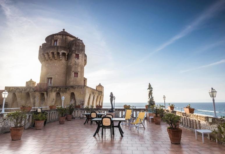 Torre Perrotti, Castellabate, Terrace/Patio