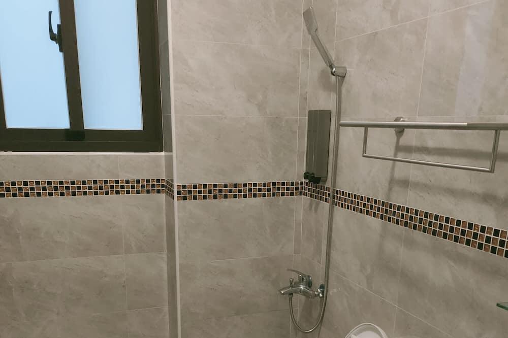 Basic Double Room (101) - Bathroom