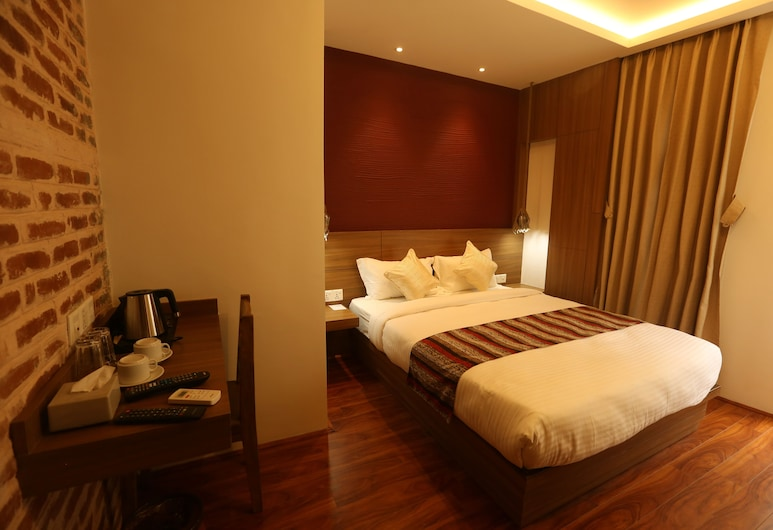 Flying Yak Hotel, Kathmandu, Deluxe Double or Twin Room with Free Airport Pick Up, Guest Room