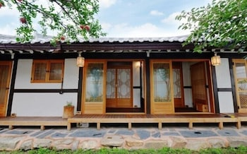 Foto Jeonju Hongsi Hanok Guesthouse di Jeonju