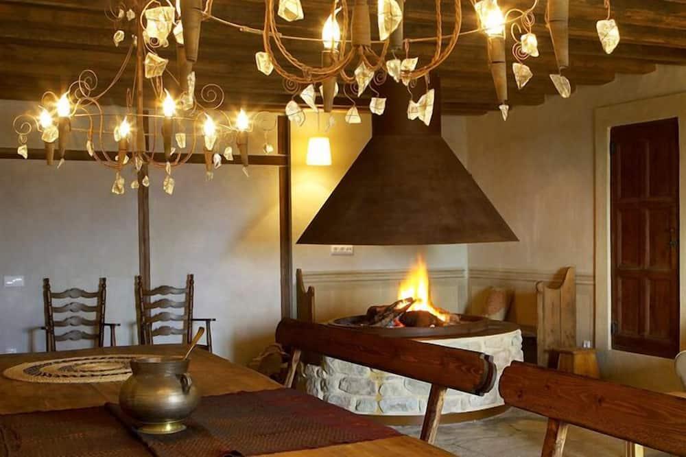 Villa, Multiple Bedrooms (Puig Arnau 1) - In-Room Dining