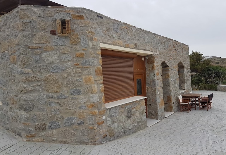 The Stone House Naxos, Naxos