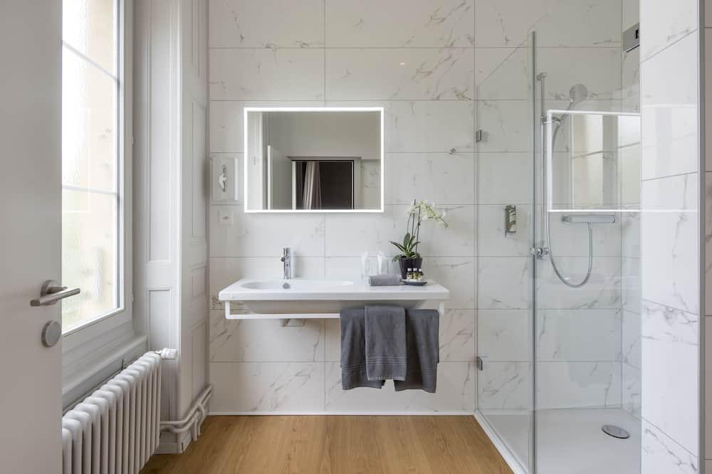 Phòng đôi hoặc 2 giường đơn (Côté Ville) - Phòng tắm