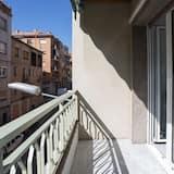 Apartment, 3 Bedrooms (6 people, Merlot) - Balcony