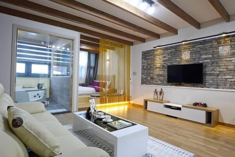 102 - Room