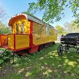 Circus Waggon - Tuba
