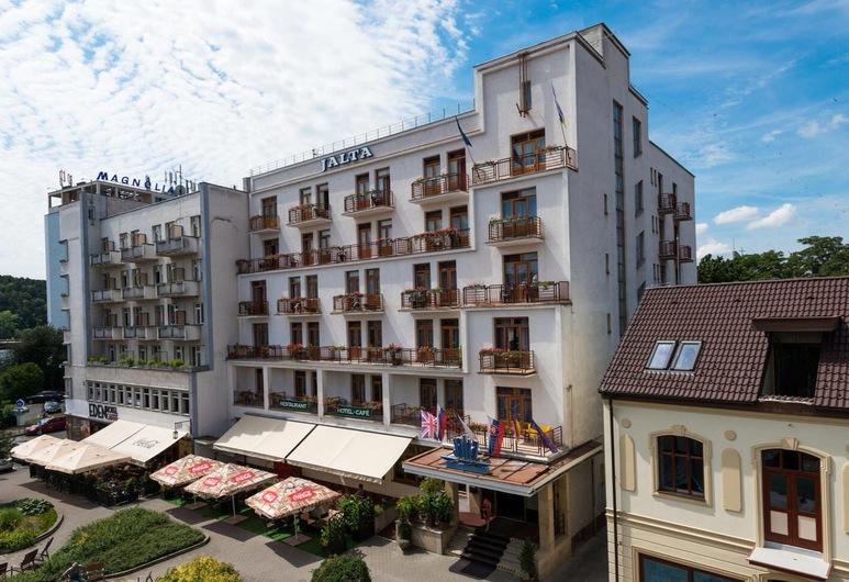 Jalta Ensana Health Spa Hotel, פיאסטני