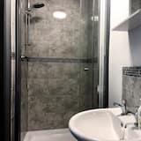 Superior Studio (14) - Bathroom