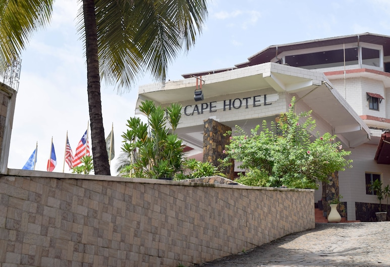 The Cape Hotel, Monrovia, Hotel Front