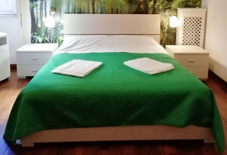 ClaraHouse, Rome, Standard Double Room, Shared Bathroom, Guest Room