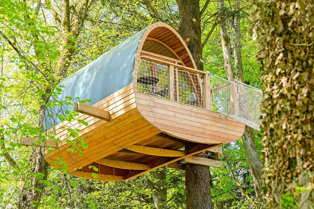 בית על עץ - נוף מחדר האורחים