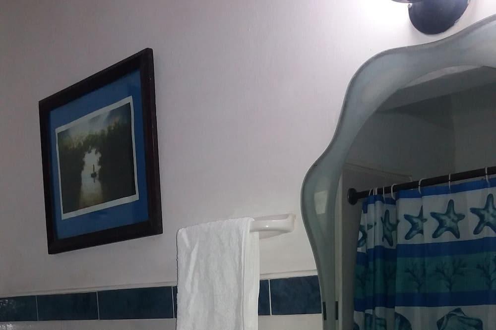 Standard House, 2 Bedrooms - Bathroom