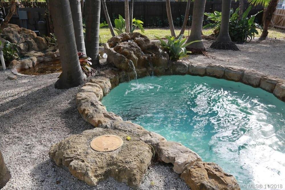 Divstāvu ģimenes numurs - Privātā spa vanna
