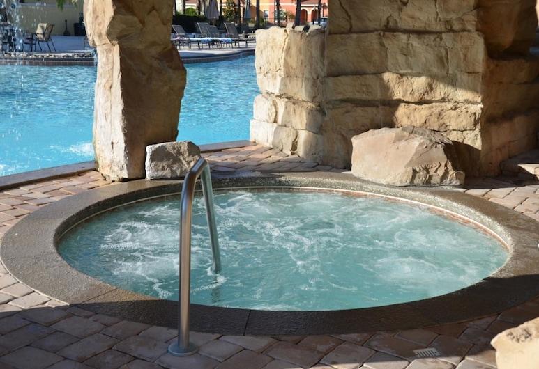 Lovely Vacation Home With Pool Pp8902, קיסימי, בית, 6 חדרי שינה, ספא