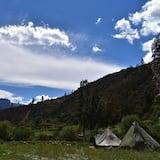 Deluxe Tent - Pemandangan Gunung